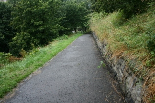 Path overlooking Kings Stables Rd L