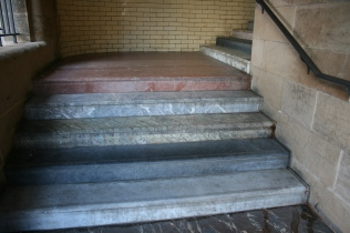 The Scotsman Steps L